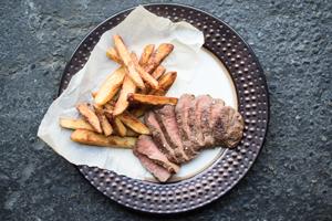 Flat-Iron-Steak-Frites_MARXFOODS_THUMB