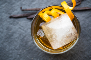 Vanilla-Rum-Old-Fashioned_MARXFOODS_THUMB