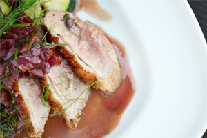 duck_breasts_w-grilled_veggies_&_cherry_red_wine_sauce-THMB