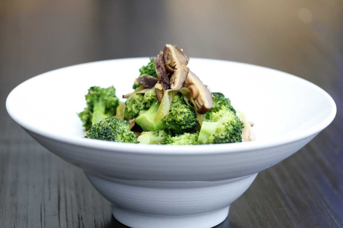 Broccoli & Shitake Stir-Fry