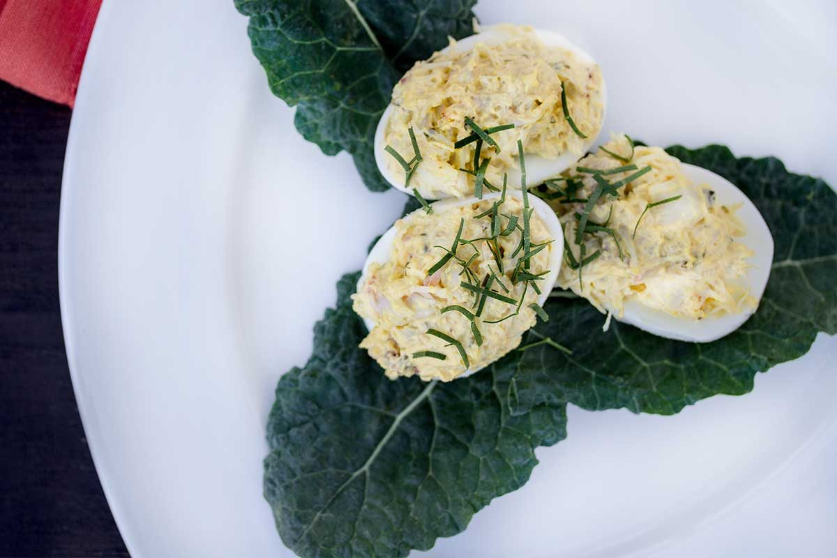 crab deviled egg