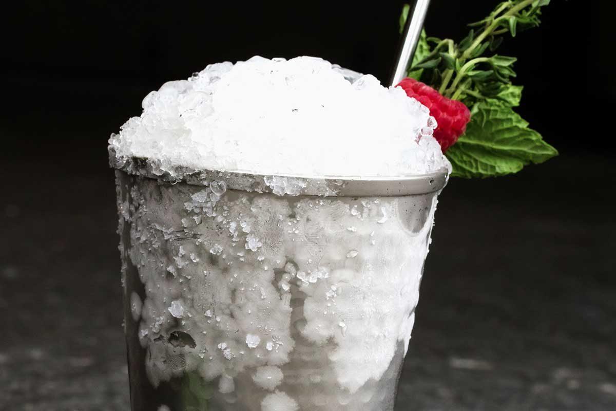 Gin Thyme Mint Julep