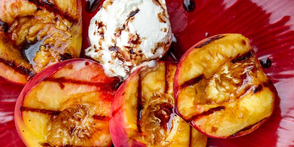 Grilled Peaches w/ Mascarpone & Balsamic
