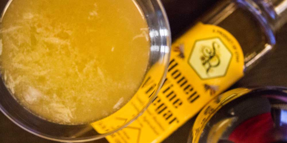 "Cocktail Recipe ""The Honeymaker"""
